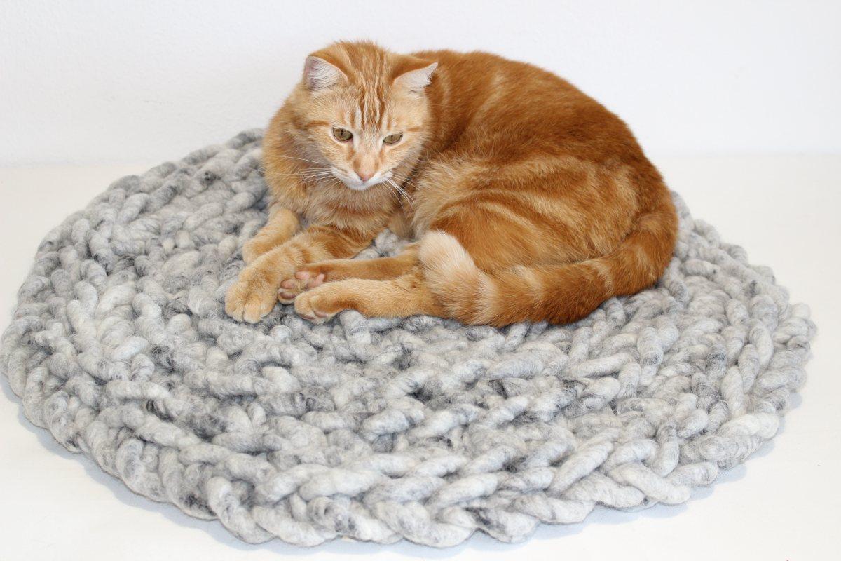 Katzenkissen RUNDSCHMEICHLER